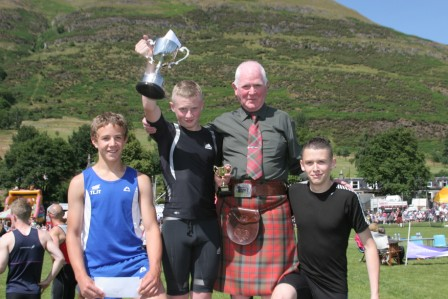 Ross Maxwell wins 90m Youths